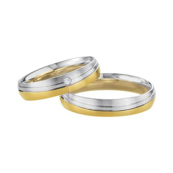 Wedding rings in 8ct Gold and